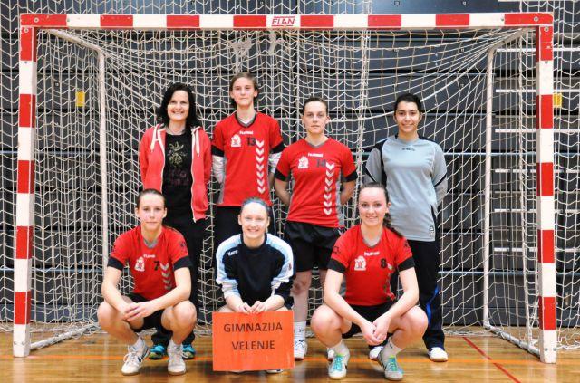 Slika 16 četrtfinalno državno tekmovanje v malem nogometu za dijakinje 19.3.2015