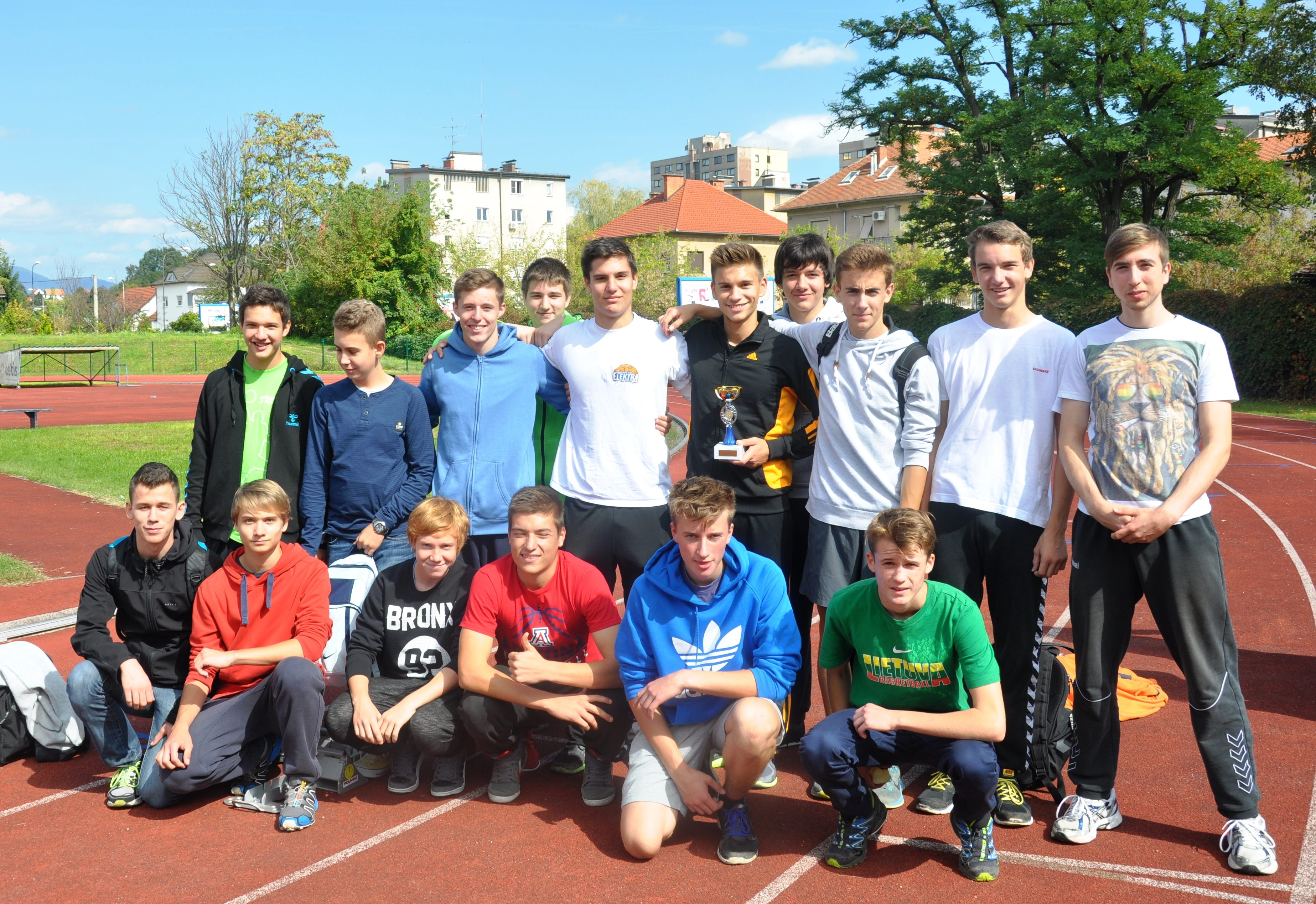 Slika 2 Področno ekipno atletsko Celje dijaki 3. Mesto 24.9.2014